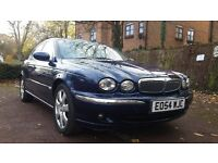 JAGUAR X-TYPE 2.5 AWD AUTOMATIC ** FSH ** FULL CREAM LEATHER ** PARKING SENSOR
