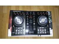 Traktor S2 Mk2 DJ Controller inc. license transfer