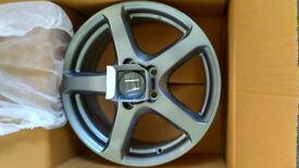 "Honda Penta Alloy Wheel 17"" (Brand New);"