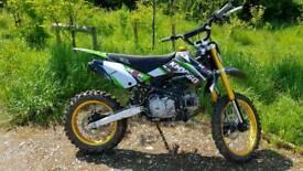 M2r 160cc pitbike pit bike