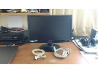 17inch Monitor with leads ,FWO, great condition