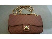 Chanel Womens Cluch bag