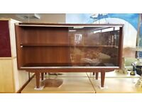 Lovely Mid Century Modern Cabinet / Bookcase
