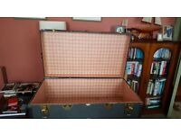Vintage Travelling Trunk in fabulous condition
