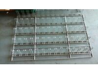 2x gridwall frame with arms. Prefect for shop accessories display