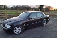 Mercedes C200 / Full Year Mot