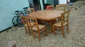 Solid wood table 200x100cm and 6 chairs