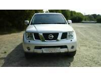 Nissan pathfinder aventura dci a estate diesel 2009