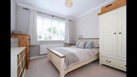 Cargo Homeshop Ascot Range Cream and Solid Oak Double Bedroom Furniture Set