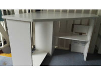 Corner white office desk 96.3 x 91 x 5.8 cm with Folding chair
