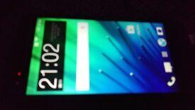 HTC One M7- like new 32 GBs, unlocked