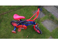 Kid's Bike with stabilisers