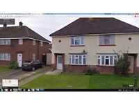 2 bedroom semi-detached house in Westfield Road, Bletchley