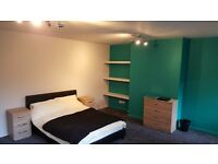 Large, clean double, no deposits required all bills inclusive with fast wifi