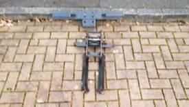 Land Rover Defender Rear Tow Bar and Step