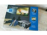 LCD mini projector
