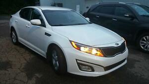 OPTIMA 29000 KM 2014 LX BLANCHE WOW EXTRA CLEAN 15900$$
