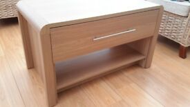 Coffee table, light oak veneer. Good condition.
