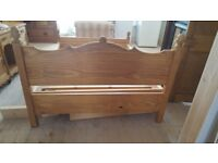 SOUTHERN YELLOW PINE DOUBLE BED