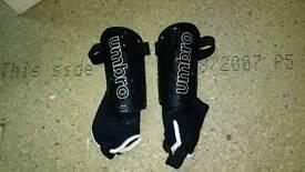 Football boots/shin guards