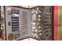Viners (Kings Royal) cutlery set