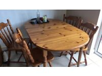 Wooden extendable table and 4 chairs