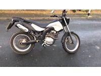 Derbi cross city 125 cc swaps for a dt kmx Aprilia rx