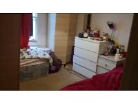 FEMALE ROOMSHARE IN TWIN ROOM FULHAM AREA