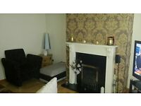 3 bedroom town house to let in East Belfast - excellent condition