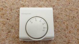 Honeywell T6360-1028 Mechanical Room Thermostat