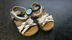 BNWT baby girls sandal toddler size 4 and size 5