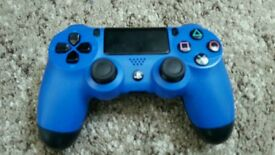PS4 (PlayStation 4) wireless dualshock controller- BLUE
