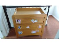 baby drawers/changing unit with mat