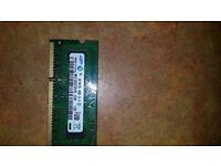 Samsung M471B2873FHS-CH9 (1GB PC3 -10600S - 09-10-ZZZ) Laptop/Notebook Ram