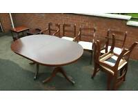 Mahogany extended table with 6 chairs and 2 units