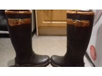 ariat boots great condition size 5