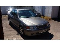 MG zs 110 4 door menual