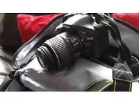 NIKON D5200 for sale mint condition
