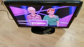 """32"""" BUSH LCD TV,HDMI,SCART,OPTICAL,BUILD IN FREEVIEW,FULLY WORKING CONDITION WITH REMOTE & STAND"""