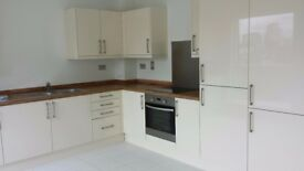 Specious Double Room in New Build Modern Flat