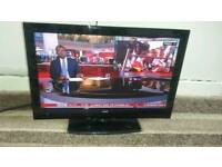 Bush 32 inch screen hd led free view and dvd TV £ 35