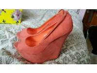 Ladies pink wedge shoes size 5