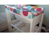 Baby Changing Unit with BATH good condition