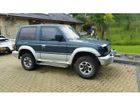 Mitsubishi pajero swb 2.8 td for spares or repairs