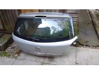 Vauxhall Astra h rear tailgate in sliver