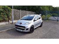 Silver 5dr 2010 PEUGEOT 107 URBAN 998 cc FOX ALLOYS Low Mileage £20 Road tax Same Aygo C1 Yaris.
