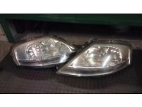 Citroen c3 headlights 05 plate headlights good working condition and working order
