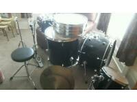 Drum full size pro excellent condition cost 400 only 45