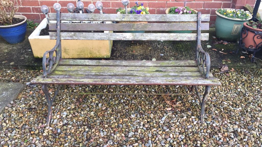 Garden Bench In Pickering North Yorkshire Gumtree