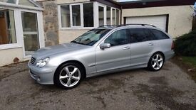 Mercedes C220 CDI Estate. Silver (57) Low miles. FSH and 12 months MOT